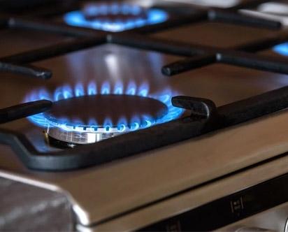 ¿ Cómo cambio una manguera de gas ?