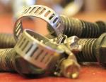 Comment choisir son collier de fixation métallique ?